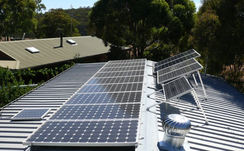 Go Green- Install Eco-Friendly Solar Panel Roofs